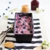 Frozen Yoghurt mit Heidelbeeren und Cookies