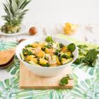 Brunnenkresse Salat mit gebratener Ananas & Avocado