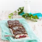 Schokoladen Tarte mit Kokosmilchreis und Kirschen