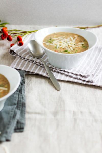 haseimglueck.de Rezept, Bohnen-Dinkel-Suppe-mit-Pancetta und Parmesan 5
