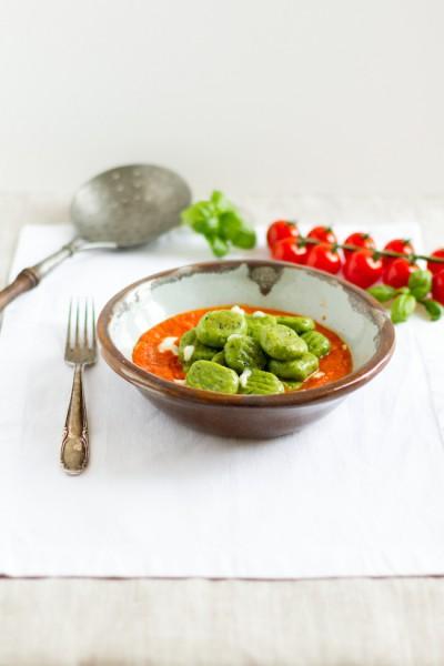 haseimglueck.de Rezept, Basilikum-Gnocchi-mit-Tomaten-Mozarella-Sauce 4