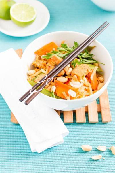 haseimglueck.de Rezept, Reisnudeln-Huhn-Gemüse-Ei Pad Thai 4