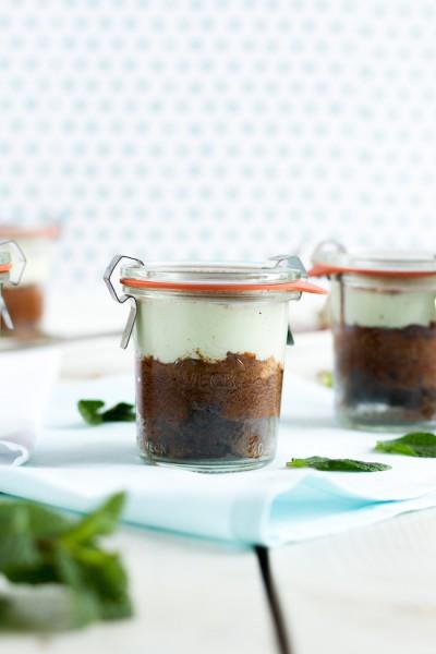 haseimglueck.de Rezept, Schokoladen Kuchen mit Pfefferminz Creme 3