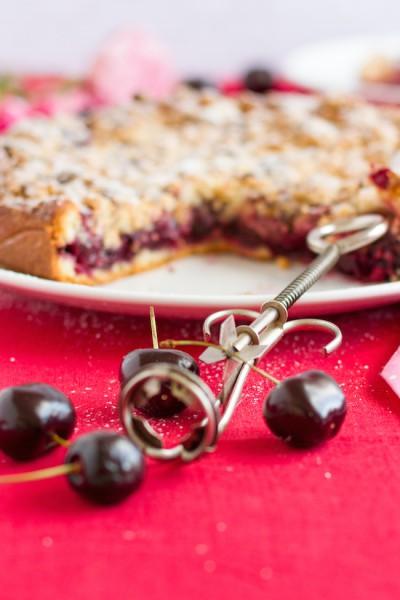 haseimglueck.de Rezept, Kirsch Streusel Kuchen 3