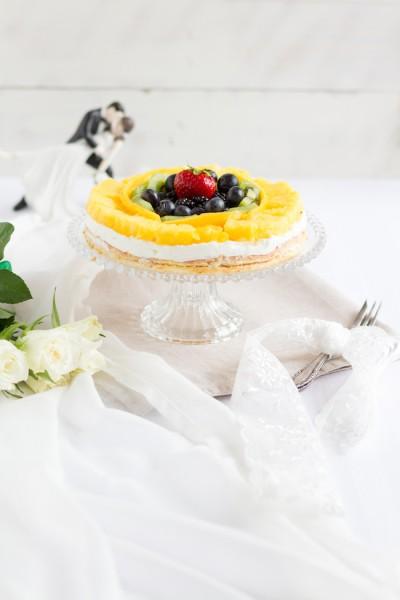 haseimglueck.de Rezept, Biskuit Obstkuchen mit Zitronen Creme 1