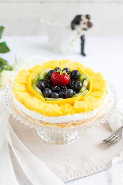 haseimglueck.de Rezept, Biskuit Obstkuchen mit Zitronen Creme 8