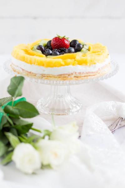 haseimglueck.de Rezept, Biskuit Obstkuchen mit Zitronen Creme 9