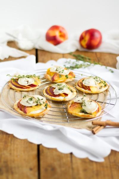 haseimglueck.de Rezept, Blätterteig Tartelettes mit Nektarine Ziegenkäse 5