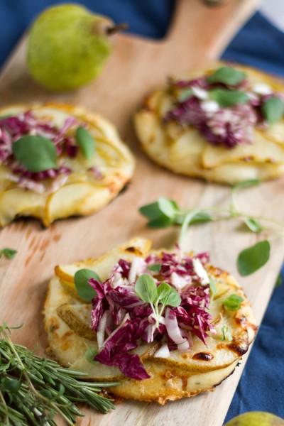 haseimglueck.de Rezept, Mini Pizza mit Birnen & Gorgonzola 7