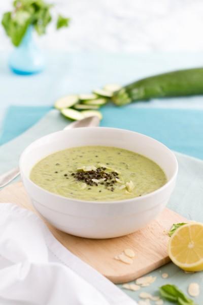 Zucchini Beluga Linsen Suppe I Zucchini Beluga Lentils Soup I haseimglueck.de