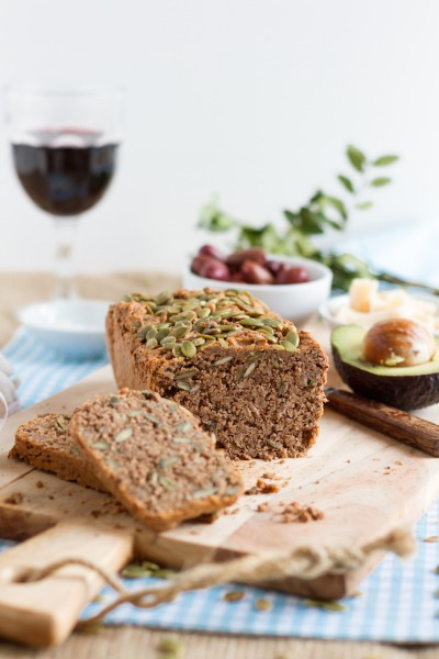 Low Carb Brot mit Kürbiskernen & Sonnenblumenkernen I Low Carb Bread with Pumpkin Seeds and Sunflower Seeds I haseimglueck.de