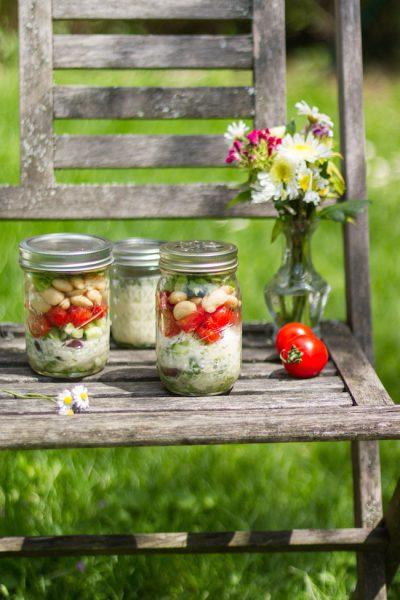 Salat im Glas Griechischer Art I Salad in a Jar I Shaking Salat Mediterranean Style I haseimglueck.de