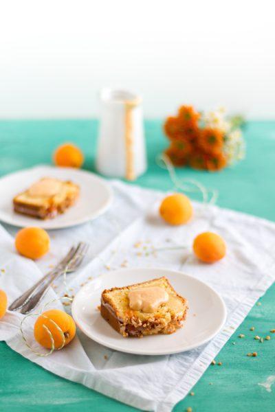 Aprikosen Saure Sahne Rührkuchen I Apricot Sour Cream Coffee Cake