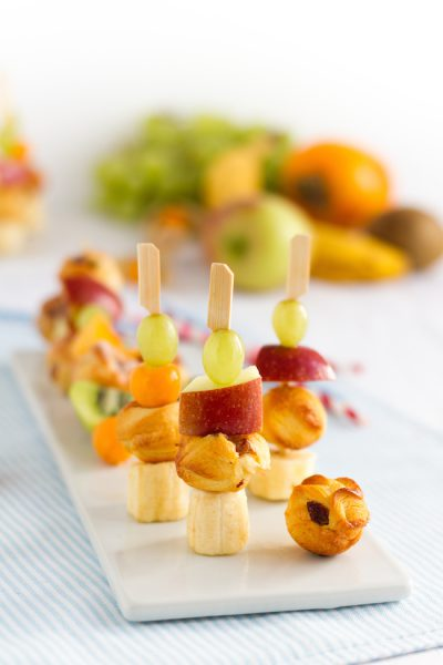 Rosinenschnecken Cake Pops Frucht Spiesse I Raisin Rolls Cake Pops Fruit Skewers