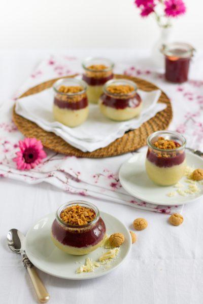 Süßer Couscous mit Weißer Schokolade, Kirschkompott & Amarettini I Sweet Couscous with Cherry Compote & Amarettini