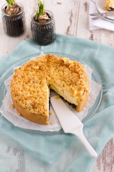 Käsekuchen mit Mohn und Streuseln I Cheesecake with Poppy Seed & Crumbles