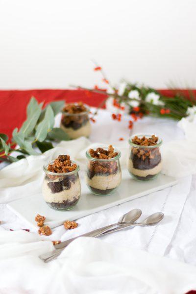 Maronen Baileys Mousse mit karamellisierten Pekannüssen I Chestnut Baileys Mousse with caramelized Pecans